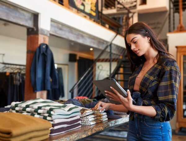 What you need to know before moving your physical store to the internet
